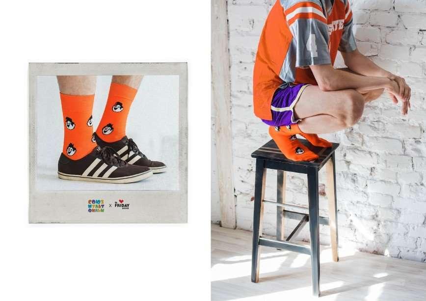 Футболисты известного советского мультфильма ожили на носках