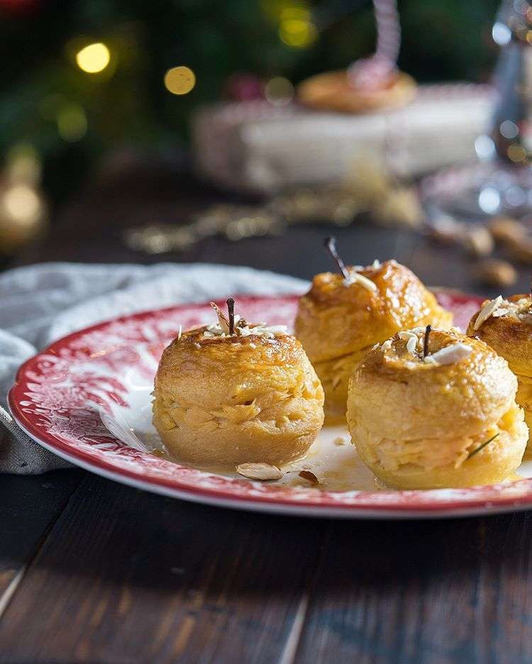 Ко всему хороши! Запекаем яблоки к новогоднему столу (десерт и гарнир одним махом)
