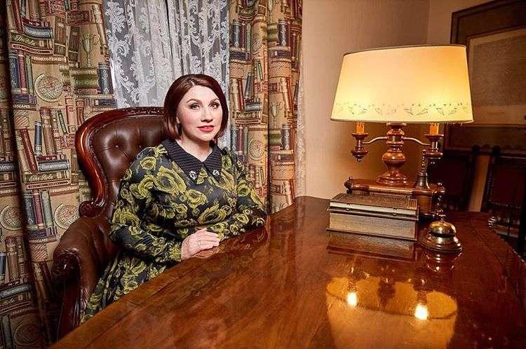Новый год для одиночек: Роза Сябитова советует, как провести праздник