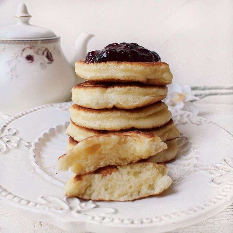 К завтраку: лучшие рецепты ароматных и полезных оладий