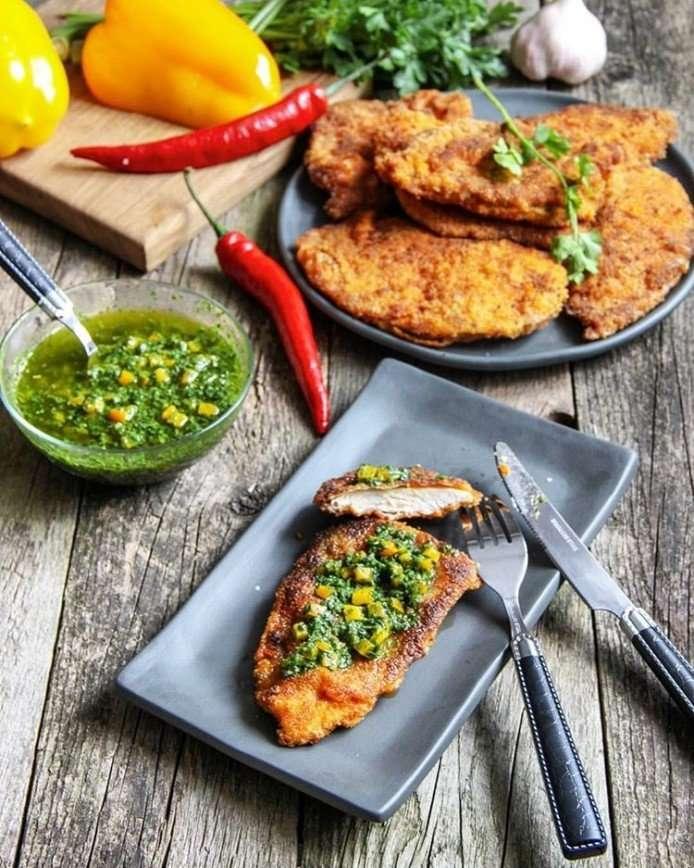 Миланезе де полло: готовим сочное куриное филе в панировке