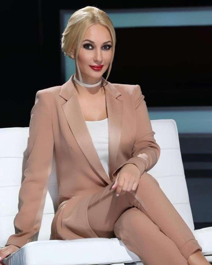47-летняя Лера Кудрявцева родила дочь