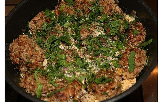 Мясные тефтельки с рисом и укропом