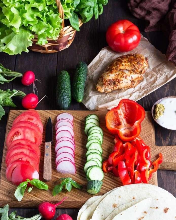 Время пикников: готовим лепешки с курицей, которые можно взять с собой