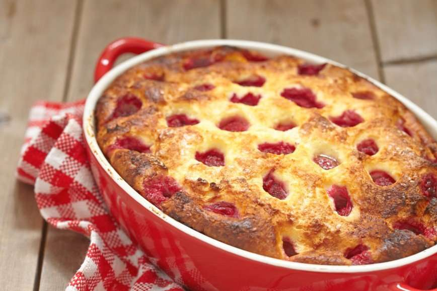Добавь лета: рецепты творожных запеканок с ягодами и фруктами