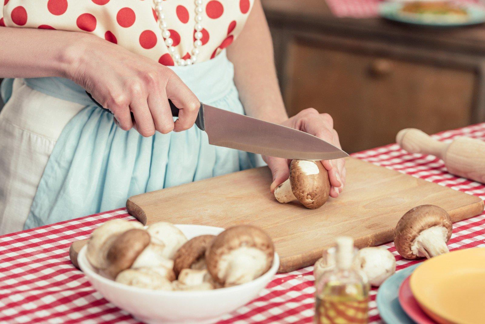Пойдем за грибами! Готовим аппетитные шампиньоны к новогоднему столу