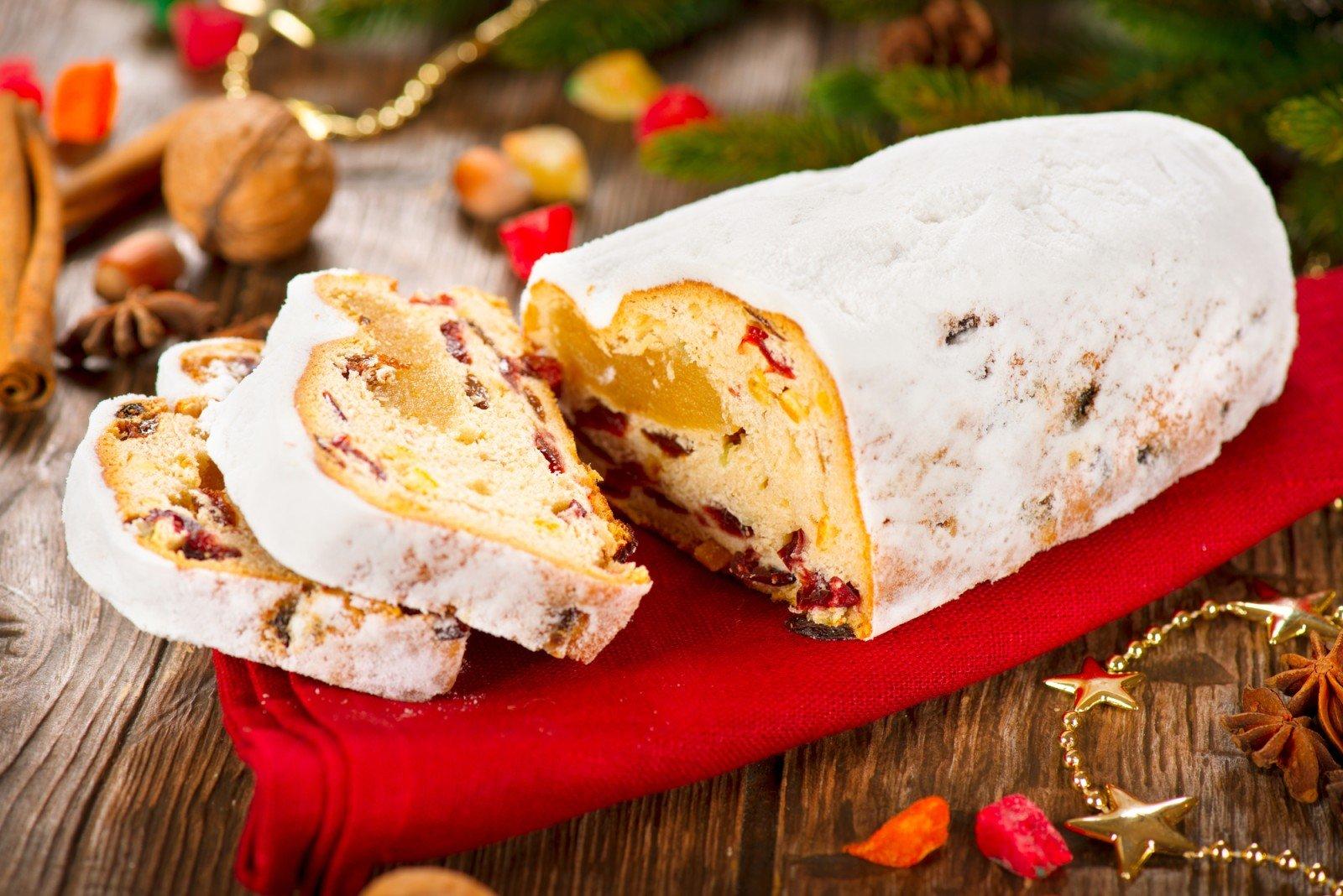 Штоллен: четыре рецепта традиционной немецкой рождественской выпечки